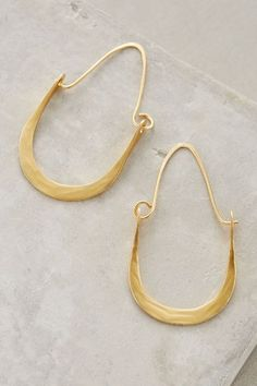 Add a statement to your look with earrings from Anthropologie. Discover our collection of unique hoop, drop, chandelier, cluster and post earrings for women. Brass Jewelry, Modern Jewelry, Jewelry Box, Jewelry Accessories, Jewelry Design, Diy Jewellery, Piercings, Beautiful Earrings, Artisan Jewelry