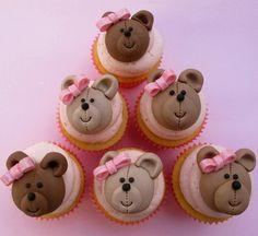 baby doll and teddy bear cake | Teddybear Cupcakes
