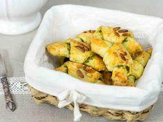 Juustosarvet saavat uutta makua pestosta. http://www.yhteishyva.fi/ruoka-ja-reseptit/reseptit/juustosarvet/014423