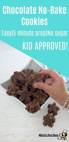 To hot to start your oven? Try these incredible chocolate no bake oatmeal cookies! Even my pickiest eater will eat them, they are secretly healthy but the kids will never know! This easy recipe only takes 5 minutes to make. Chocolate Dishes, Chocolate No Bake Cookies, Iced Cookies, Chocolate Recipes, Easy Easter Recipes, Easy Recipes, Herb Roasted Turkey, Healthy School Snacks, Easy Desserts