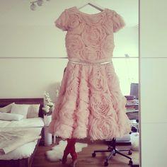 Mihano Momosa makes every girl look like a princess