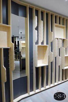 855fb77a1dbfa4 Agencement d un local commercial pour un opticien, par l architecte Jacques  Pyz