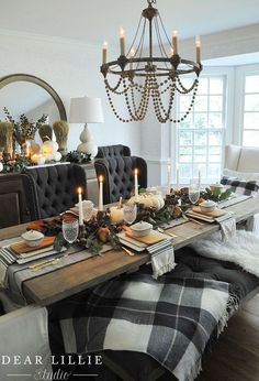 Emma Courtney: Thanksgiving Table Inspiration