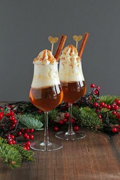 Heisser Apfel Amaretto Drink - Hot Apple Amaretto Drink recipes and nutrition and drinks recipes recipes celebration diet recipes Winter Cocktails, Christmas Cocktails, Holiday Drinks, Party Drinks, Summer Drinks, Winter Sangria, Drinks Alcohol Recipes, Non Alcoholic Drinks, Cocktail Recipes