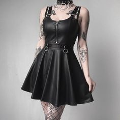 Feeling like a Doll for Dolls Kill 🖤 . Gothic Outfits, Edgy Outfits, Grunge Outfits, Cool Outfits, Fashion Outfits, Dark Fashion, Grunge Fashion, Cute Fashion, Gothic Fashion