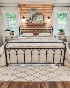 14 Fabulous Rustic Chic Bedroom Design and Decor Ideas to Make Your Space Special - The Trending House Modern Farmhouse Bedroom, Farmhouse Furniture, Modern Bedroom, Rustic Master Bedroom, Country Bedrooms, Guest Bedrooms, Farmhouse Design, Quirky Bedroom, Rustic Bedroom Design