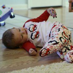 Tutorial to sew footed pajamas and sleep shirt