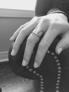Vous chercher une bague qui ne change pas de couleur? Les bijoux en acier inoxydables sont parfaits pour vous :) Venez découvrir la marque STEELX Change, Rings, Jewelry, Stainless Steel Jewelry, Color, Jewlery, Jewels, Ring, Jewelry Rings