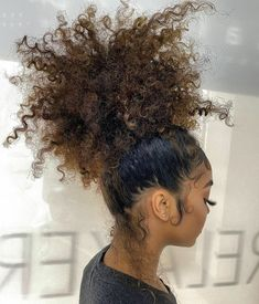 Ponytail Styles, Curly Hair Styles, Natural Hair Styles, Curly Hair Care, Dyed Natural Hair, Dyed Hair, Baddie Hairstyles, Girl Hairstyles, Cabelo Inspo