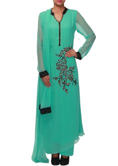 Mist green straight suit adorn in thread and kundan embroidery only on Kalki - Kalkifashion.com