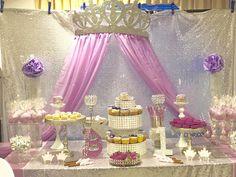 Princess Birthday Party Decorations, Rapunzel Birthday Party, Disney Princess Birthday Party, Princess Theme Party, Baby Shower Princess, Birthday Party Themes, Princess Centerpieces, Royalty Theme Party, 4th Birthday