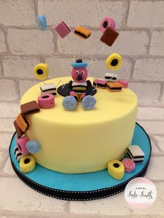 For all those lovers of liquorice allsorts, this Bertie Bassett cake would be perfect for you. From Cake by Sadie Smith. Birthday Cakes For Men, Birthday Cake Ideas For Adults Men, Sweetie Birthday Cake, 80th Birthday Cake For Men, 21 Birthday, Birthday Parties, Cupcakes, Cupcake Cakes, Sweetie Cake