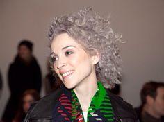 Annie Clark St Vincent - silver violet grey hair