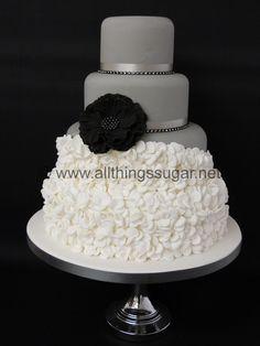 Wedding Cakes - Contemporary wedding cake