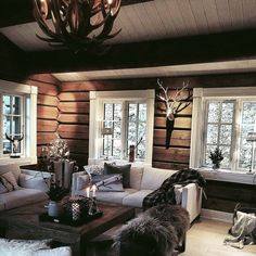 Cabin Interior Design, Cabin Design, House Design, Luxury Log Cabins, Log Cabin Homes, Cozy House, Shabby Cottage, Cottage Chic, French Bathroom