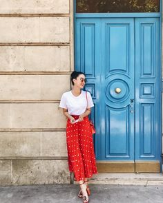 Skirt Outfits Modest Teens Ideas For 2019 Classy Outfits, Chic Outfits, Fashion Outfits, Beautiful Outfits, Heart Evangelista Style, Skirt Outfits Modest, Short Bridesmaid Dresses, Colorful Fashion, Playing Dress Up