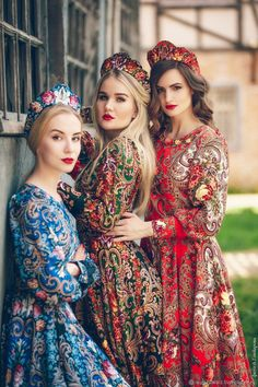Russian Traditional Dress, Traditional Fashion, Traditional Dresses, Russian Style, Russian Beauty, Russian Fashion, Culture Russe, Style Russe, Russian Wedding