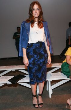 Blue isn't a color I wear a lot of, but Mandy Moore's outfit is perfect - love the leather and flowers.