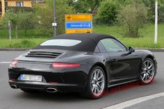 Hmmm is Porsche bringing back a real Targa?  Not the giant sunroof coupe they have been calling a targa for years.