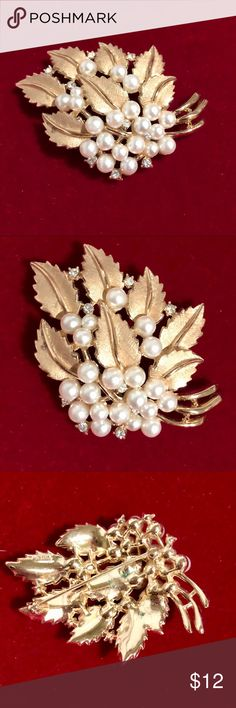 LOVELY AND ELEGANT VINTAGE BROOCHE ❤️ SIMPLY BEAUTIFUL!! Great condition! Jewelry Brooches