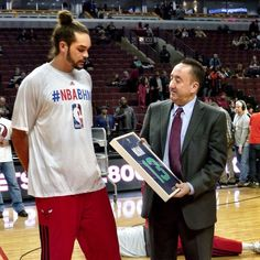 GM Gar Forman presents Joakim Noah with an jersey on behalf of adidas. The United Center crowd joined in, congratulating Noah on his straight All-Star selection. Joakim Noah, United Center, Sport 2, Chicago Bulls, All Star, Cool Cars, Nba, Polo Ralph Lauren, The Unit