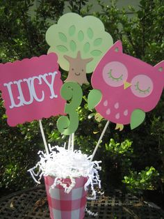 Owl Centerpiece by PinkPaperCottage on Etsy, $8.00