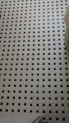 Bring a marvelous look to your residence by installing this Merola Tile Metro Basket Weave Matte White and Black Porcelain Mosaic Tile. Hex Tile, Wall Tile, Mosaic Tiles, 1930s Bathroom, White Bathroom, Basket Weave Tile, Basket Weaving, Bathroom Baskets, Blowing Rock