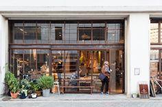 Nui. HOSTEL & BAR LOUNGE   Listings   100 Tokyo