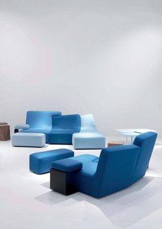 Линия мягкой мебели CONFLUENCES Филиппа Нигро это смелая разработка, в основе которой заложен принцип головоломки пазл, позволяет получить невиданную ранее свободу форм. Производство этой мебели потребовало высокотехнологичного производства, которое, благодаря своему многолетнему опыту, смогла обеспечить компания Ligne Roset. Мебель CONFLUENCES с характерным сочетанием и взаимопроникновением элементов по принципу «Инь» и «Ян», без сомнения, является одним из пионеров течения «antiform».