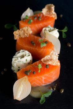 Jumeirah Creekside Hotel - Dubai Restaurants - Blue Flame - Seafood and Steak