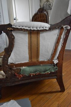 Come see how to deconstruct a chair! If you've been thinking about tackling a deconstruction or reupholstery project read this first! Furniture Reupholstery, Furniture Fix, Reupholster Furniture, Upcycled Furniture, Custom Furniture, Furniture Ideas, Diy Furniture Renovation, Furniture Makeover, Antique Chairs