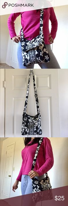 Vera Bradley Cross Body Bag  Cute cross body bag! Used a few times..has a stain in the front that can be washed off! No tares..all zips work great & no stains inside the bag. non smoking home & pet free! Other than that it serves well for its purpose!  Vera Bradley Bags Crossbody Bags