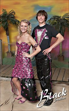 Pretty duct tape dress thats really gonna hurt when u take it off