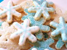 5 Top Gluten-Free Sugar Cookie Recipes: Gluten-Free Cut-Out Sugar Cookies with Icing Recipe Gluten Free Sugar Cookies, Sugar Cookie Frosting, Sugar Cookies Recipe, Cookie Recipes, Snowflake Cookies, Holiday Cookies, Frosted Cookies, Cut Out Cookies, Yummy Cookies