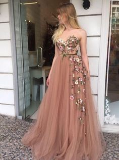 On Sale Light Champagne Party Dress A-Line Sweetheart Sweep Train Champagne Prom Dress With Appliques A Line Prom Dresses, Beautiful Prom Dresses, Tulle Prom Dress, Homecoming Dresses, Pretty Dresses, Evening Dresses, Formal Dresses, Long Dresses, Maxi Dresses