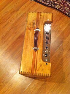 Fender 5e3 Deluxe Amp Diy Guitar Amp, Guitar Rack, Cigar Box Guitar, All About Music, Pedalboard, Fender Guitars, Vintage Guitars, Musical Instruments, Musicals