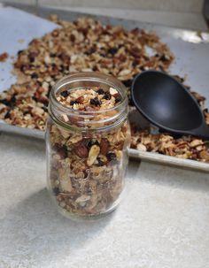 Grain-Free Granola-paleo and vegan Clean Recipes, Organic Recipes, Whole Food Recipes, Brunch Recipes, Snack Recipes, Drink Recipes, Healthy Snacks, Healthy Recipes, Paleo Ideas