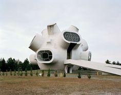 Jugoslávské monumenty za socíku