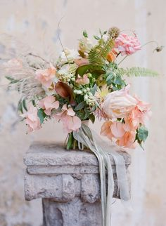 amazing peach, blush and green tropical wedding bouquet | Photography: Jose Villa | Floral Design: Saipua