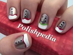 Gingerbread Man Christmas Nail Art