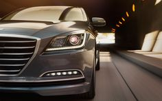 Naszym priorytetem jest Twoje bezpieczeństwo. Zaawansowane funkcje aktywnie chronią Cię ze wszystkich stron, a także potęgują wrażenia z precyzyjnego prowadzenia auta.