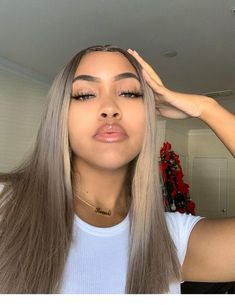 Blonde Wigs Lace Hair Brown Wigs Full Lace Wigs 2019 Blonde Hair Wigs With Bangs Blonde Hair Inspo, Hair Inspiration, Curly Hair Styles, Natural Hair Styles, Dyed Natural Hair, Baddie Hairstyles, Drawing Hairstyles, Saree Hairstyles, Korean Hairstyles