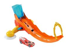 Hot Wheels Splash Track Set: Make a splash. Tub time becomes speed time with this action-packed set. Use water to launch a Hot Wheels car down the ramp through the flames and into the tub. Attaches t. All Toys, Toys R Us, Childrens Play Kitchen, Electronic Toys, Hot Wheels Cars, Kids Store, Learning Games, Action Figures, Fun