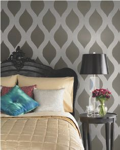 Great wall stenciling idea!
