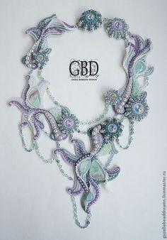 Amazing beaded necklace by Guzel Bakeeva