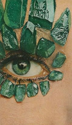one way to show off your green eyes