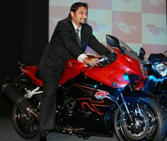 Garware Motors has sold their Hyosung motorcycle business to DSK Motorwheels Pvt. Limited. DSK Motorwheels is part of the DS Kulkarni Group who are well known for their contribution in property development and automobiles and will now be solely responsible for assembly and sale of Hyosung bikes in India.