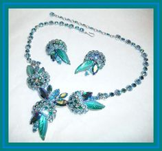 Sherman TEAL & PEACOCK BLUE - SEMI RIGID FLOWER POT NECKLACE & EARRING SET NR  harryshousefurnishings (seller) ebay.com