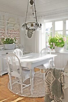 Pretty Scandinavian country house dining room by VIBEKE DESIGN