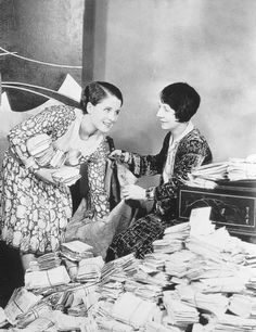 Norma Shearer and her mother Edith sorting Norma's fan mail.